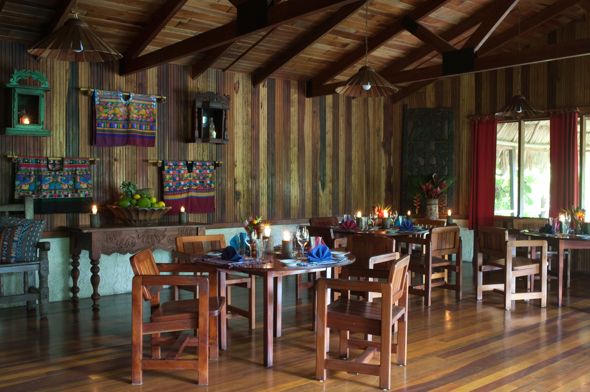 blancaneaux-lodge-dining