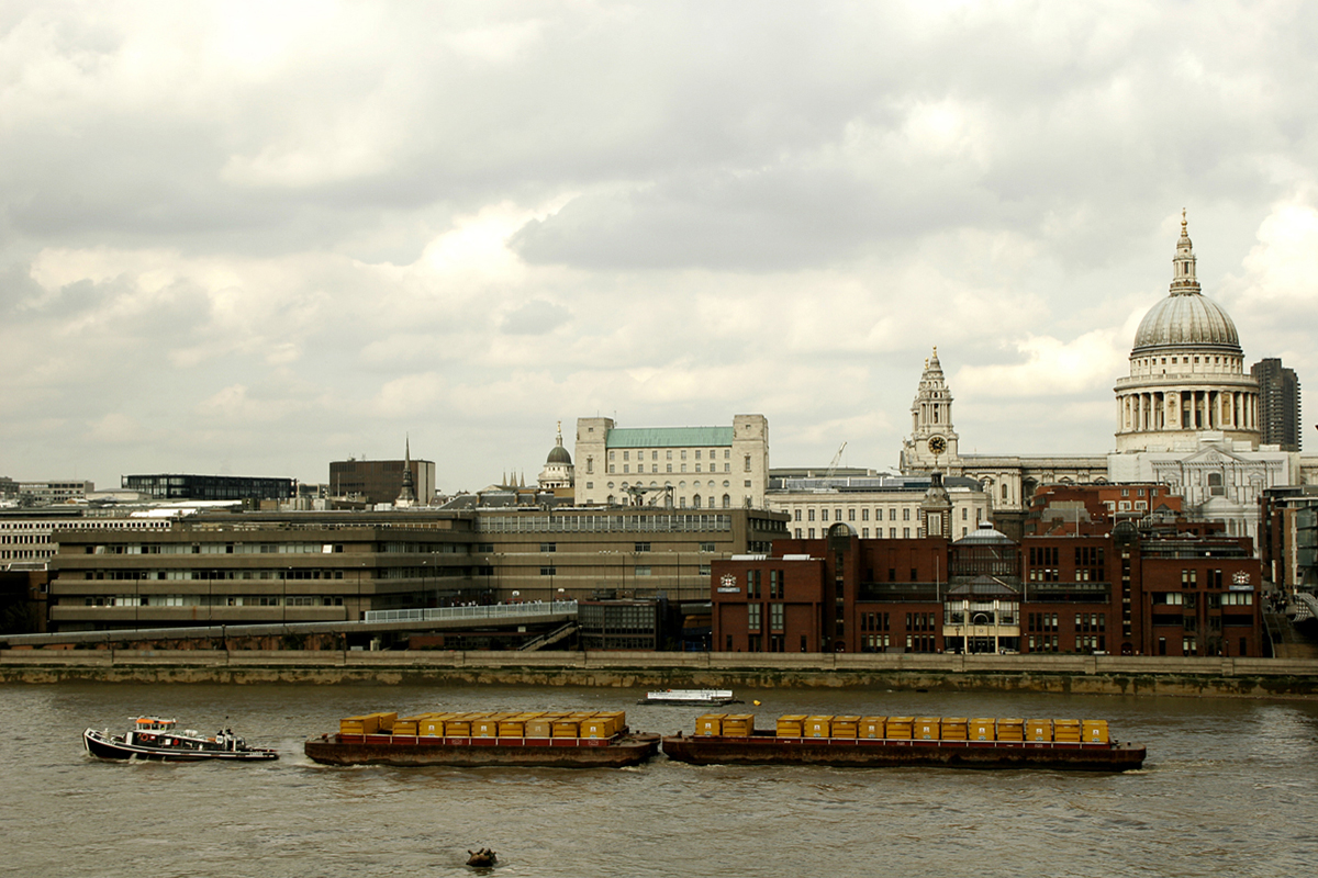 River Thames vista St Paul's Cathedral