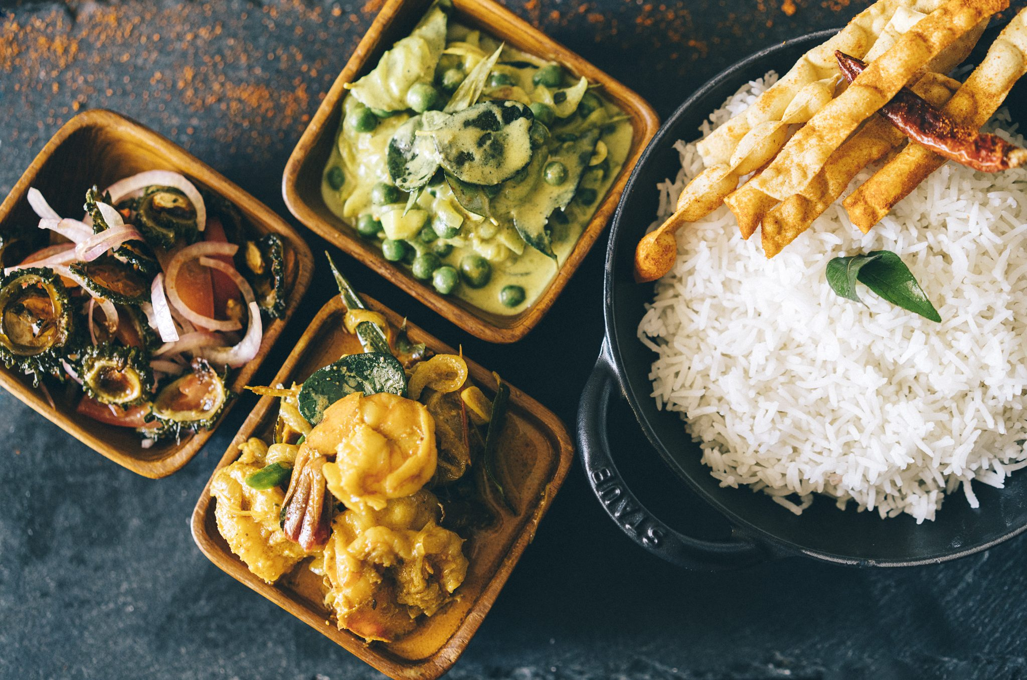 Anantara-Peace-Haven-Tangalle_Ayurveda-Cuisine-Curries