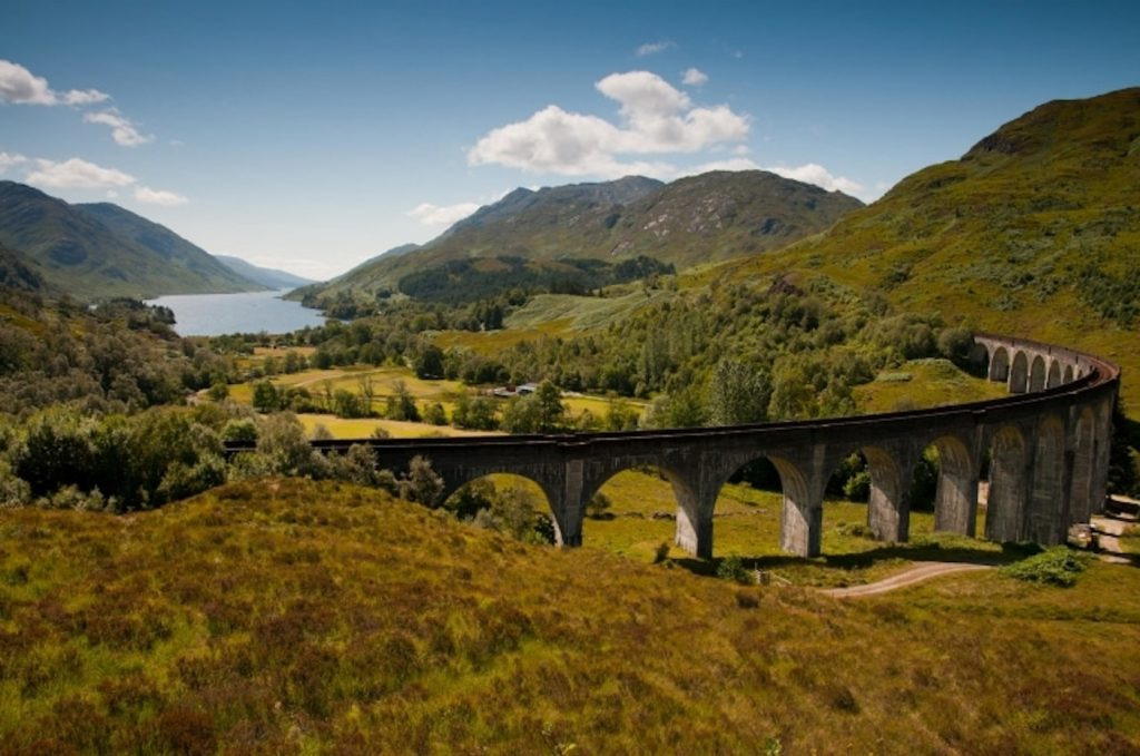 west_highland_line_glenfinnan_viaduct.adaptive.767.1529495973453