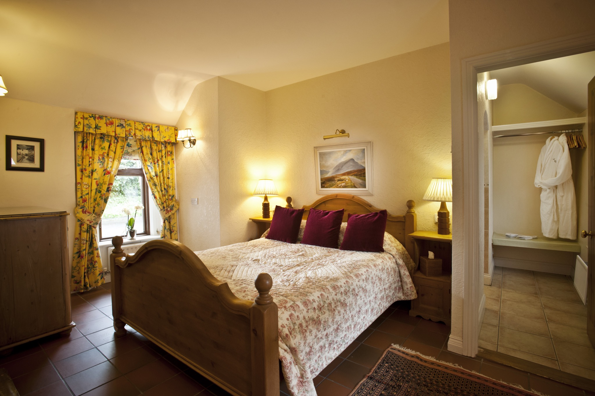 4. The Cottages Ireland ~ Rose Cottage, Master Suite