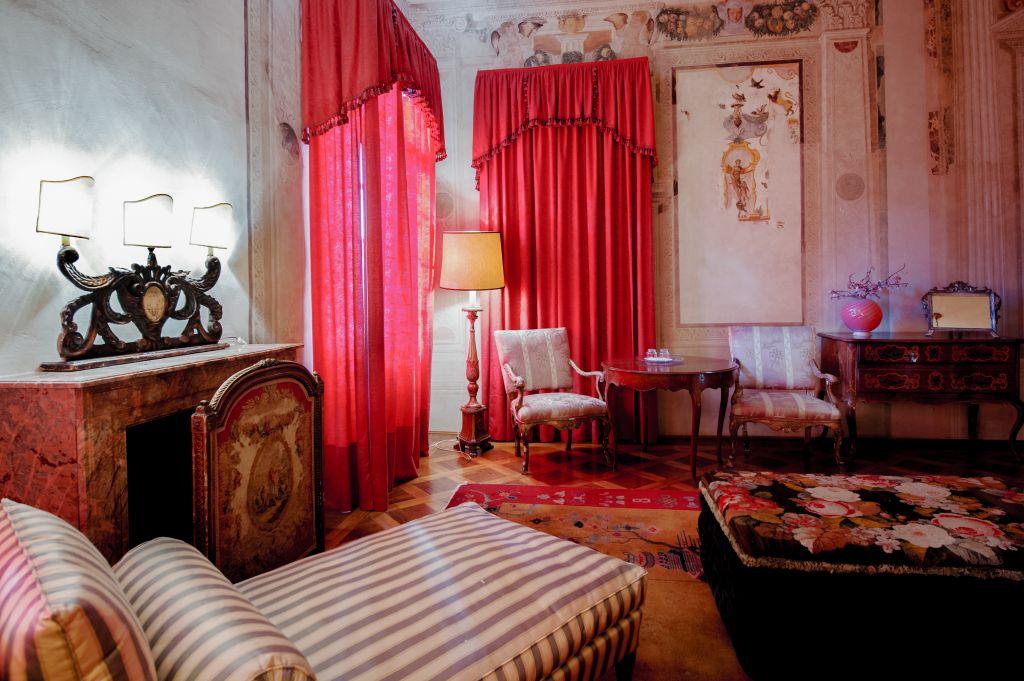 Ospiti a villa pisani bolognesi the travel news for Programma per disegnare stanze