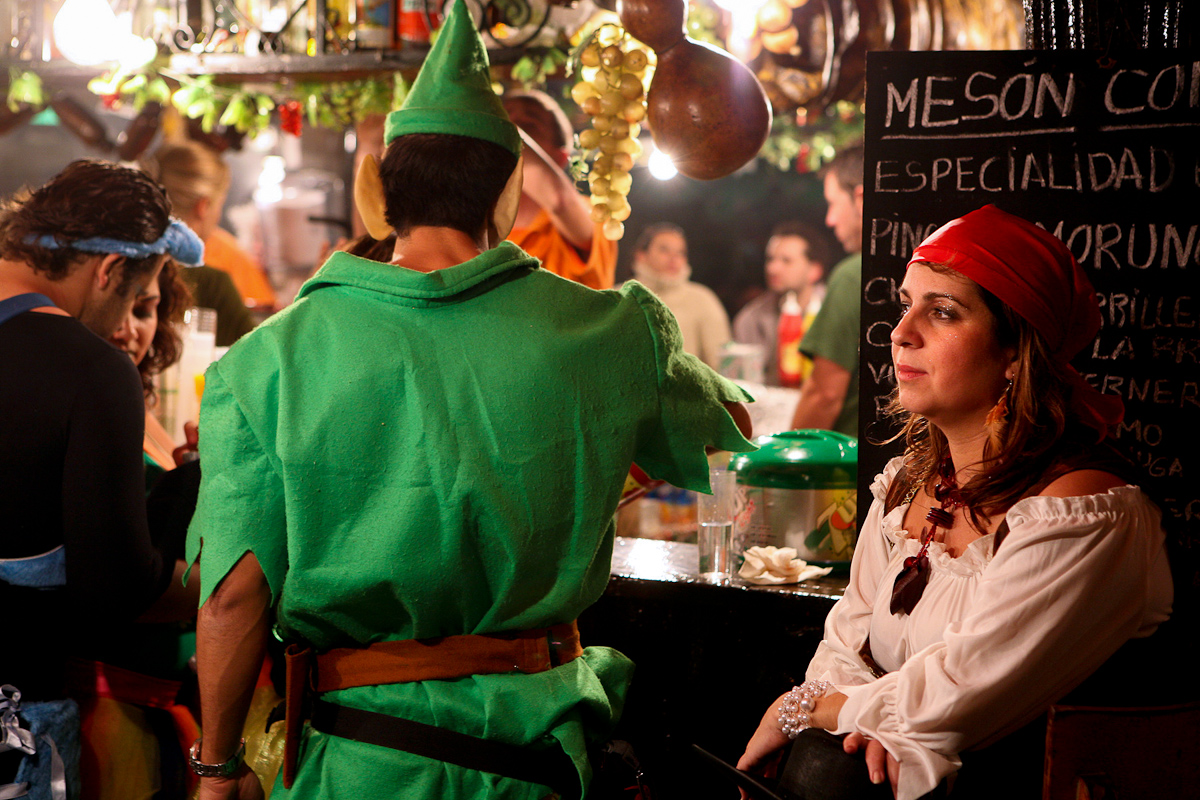 Peter Pan e Pirata al bar