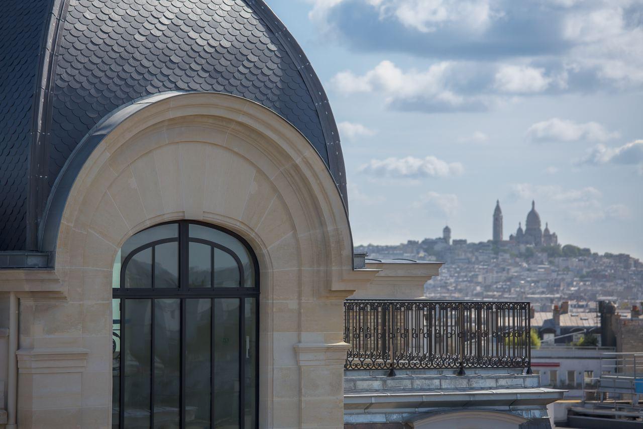 montmartre-terrace-view