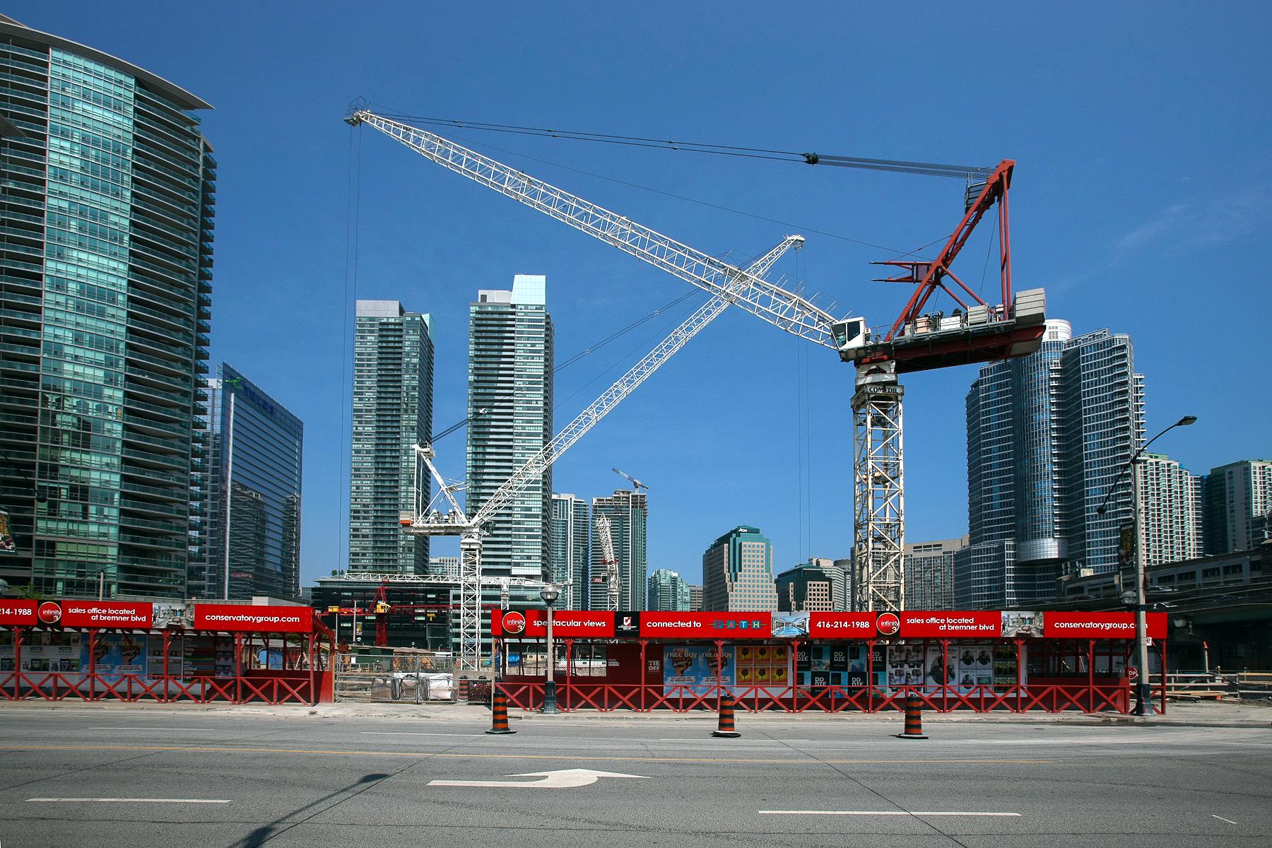 Toronto: zona in costruzione