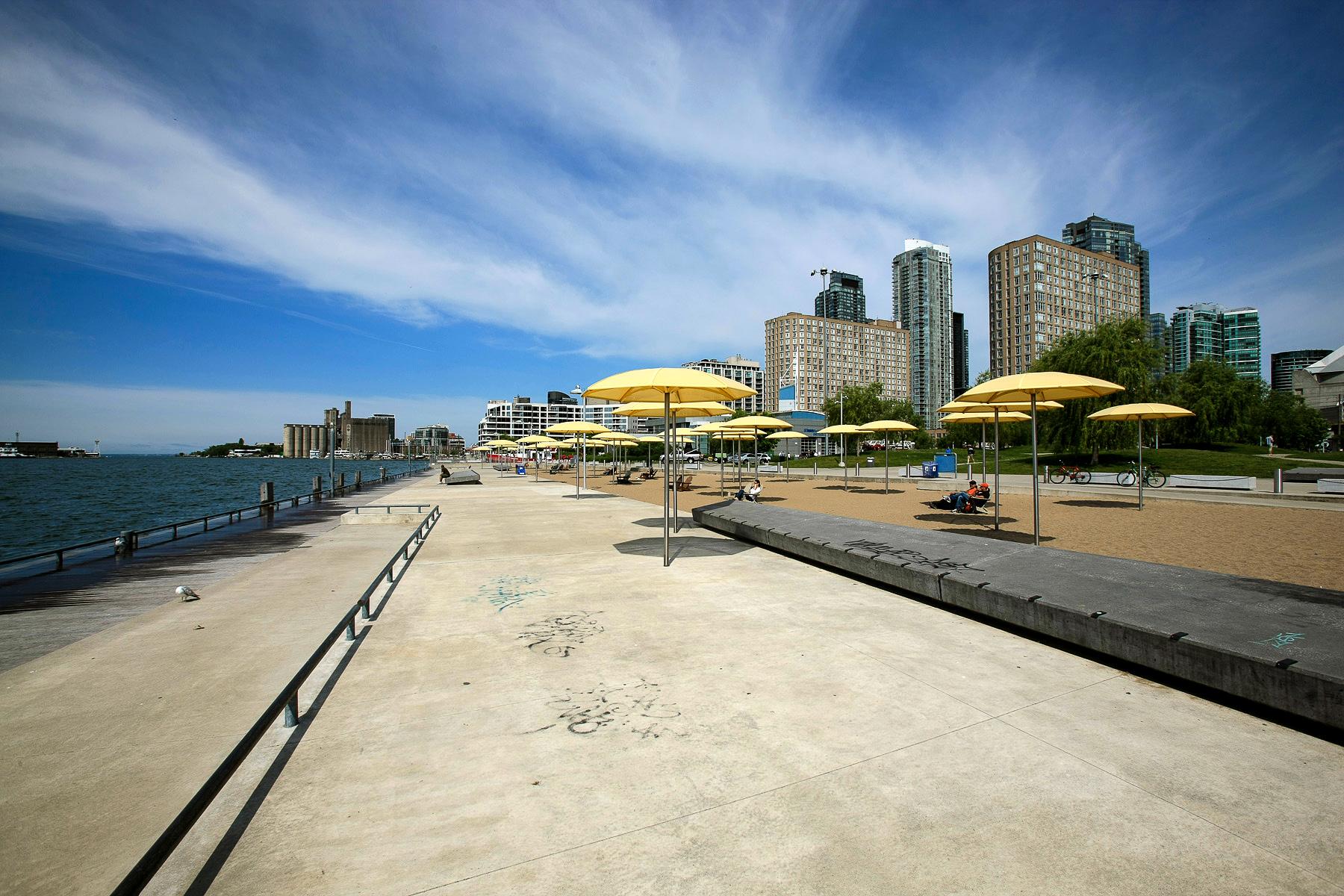 spiaggi pubblica nel HTO Park lungo il lago Ontario