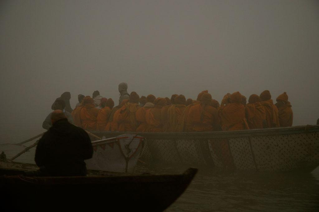 Monaci buddisti in pellegaggio