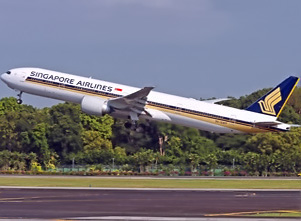B777_300ER_takeoff_singapore__1