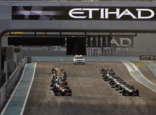 Start Vettel 2009 Abu-Dhabi 01