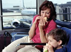 eating-airport-348vv42210