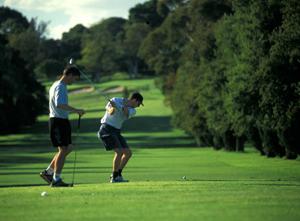 Australia-Adelaide-playing-golf