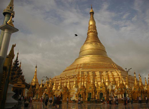 shwedagon-pagoda-myanmar-yangon-cringel.com