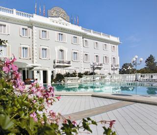 terrazza-piscina-esterna