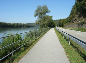 Danube-bike-trail--02