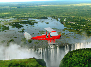 The-Royal-Livingstone-Hotel---aerial-of-the-Falls