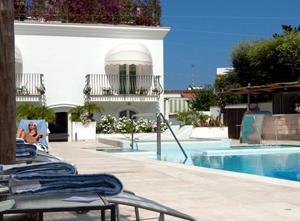 meliavillacapri-pool1