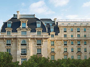 1-The-Peninsula-Paris-Facade-01