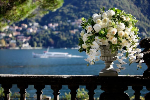 italyinspires-styledshooting-lake-como-forweddingpros