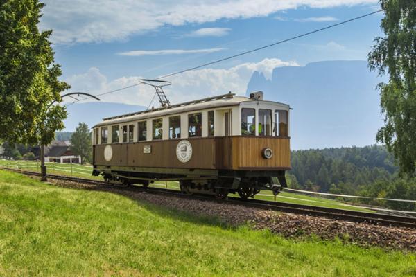 low Trenino del Renon storico (c) Tourismusverein Ritten_Foto_Tiberio_Sorvillo