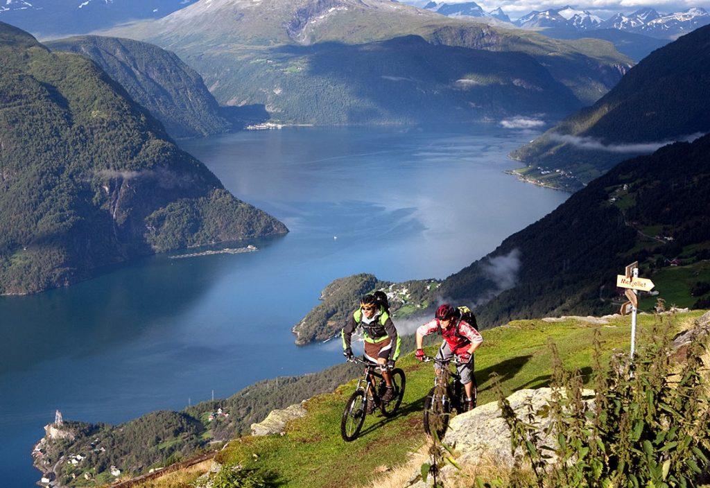 fjora-fjord-norway1400