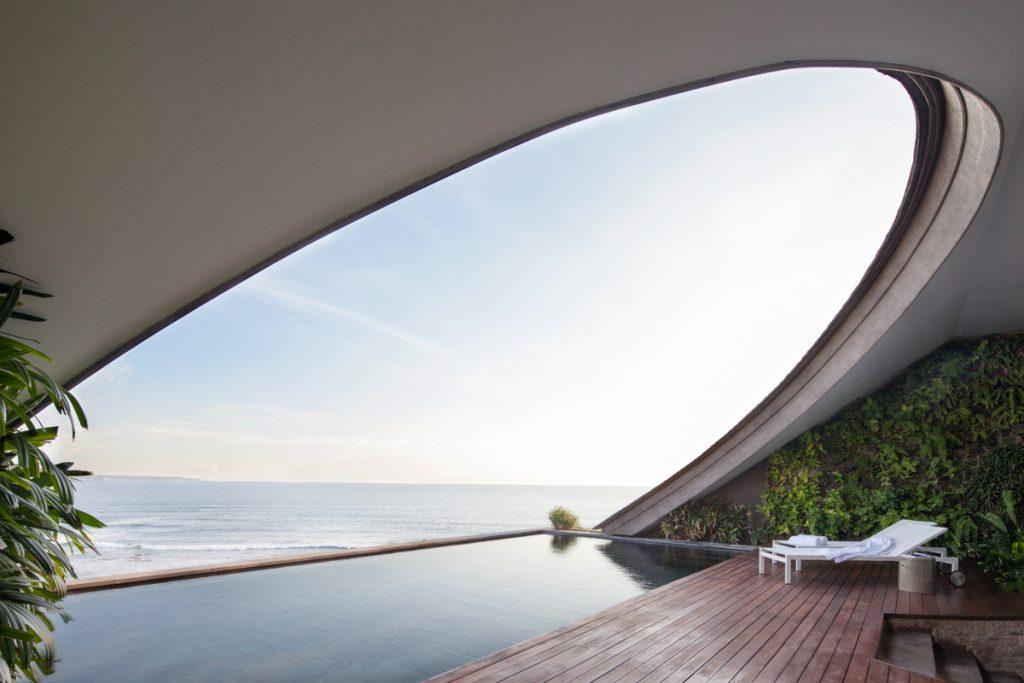 Penthouse - Master Bedroom - Pool Deck DEFTTN