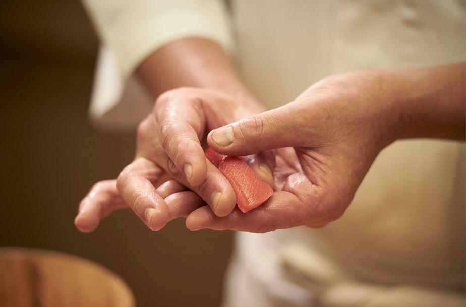(C)TCVB_sushi_making_3