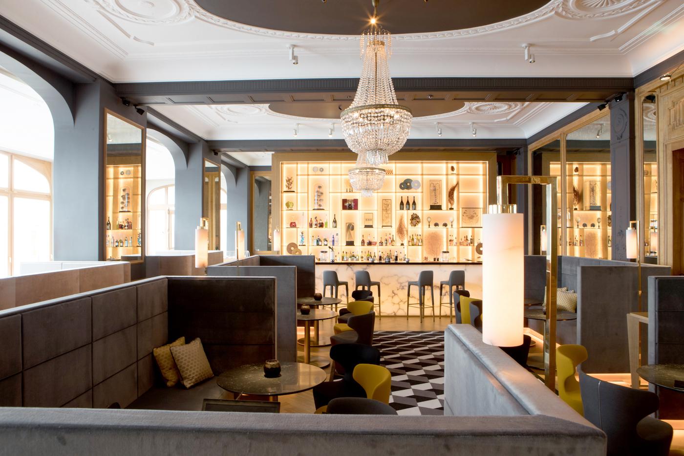 Il bar del ristorante Le Bellevue