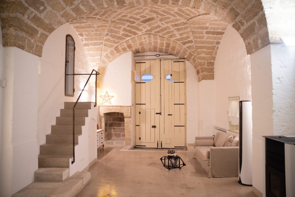 Relais-Palazzo-Zaccaria-Scaletta-interna-1024x683