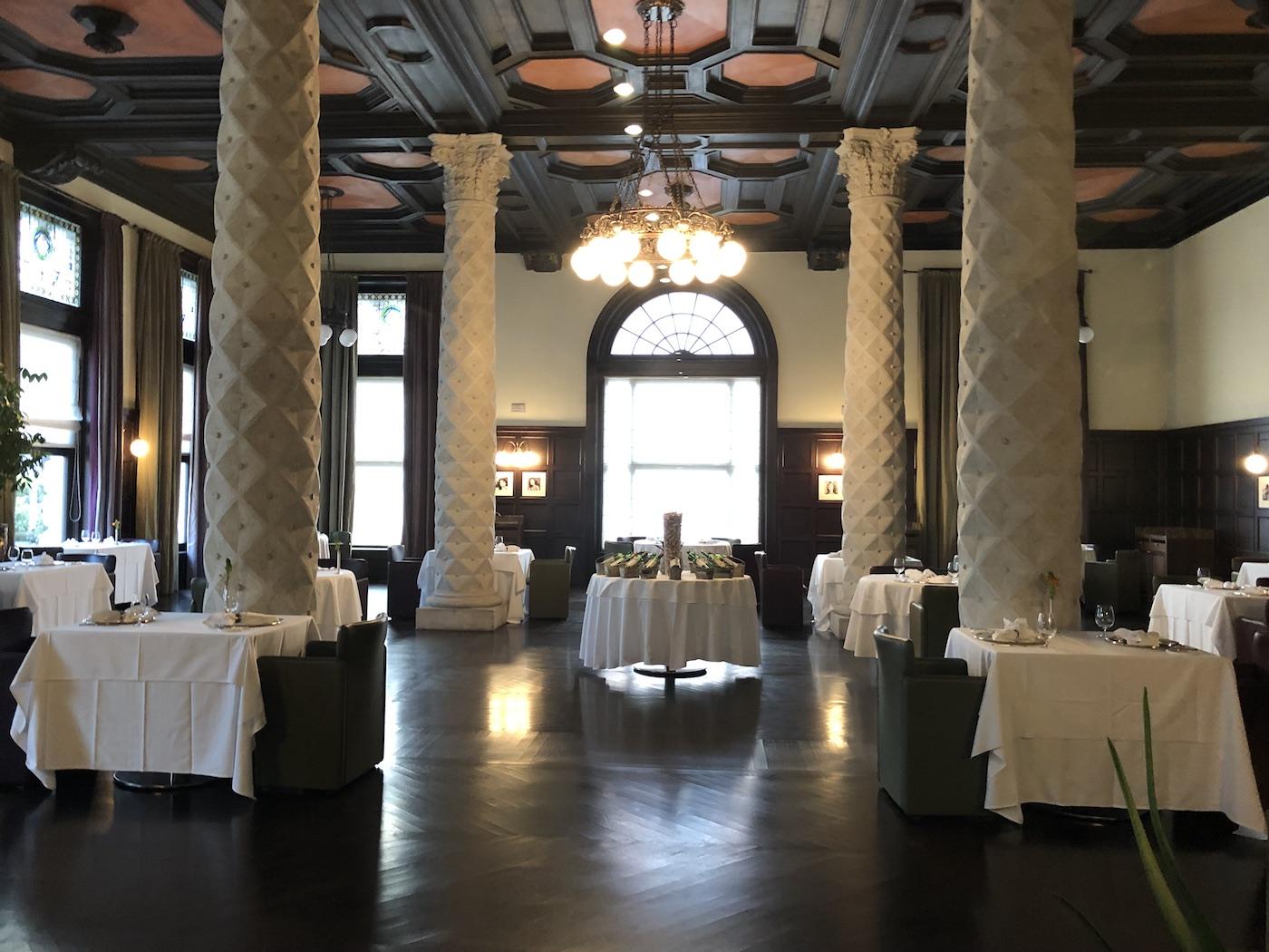Il ristorante Sophia all'interno dell'hotel Kempinski Palace di Portorose