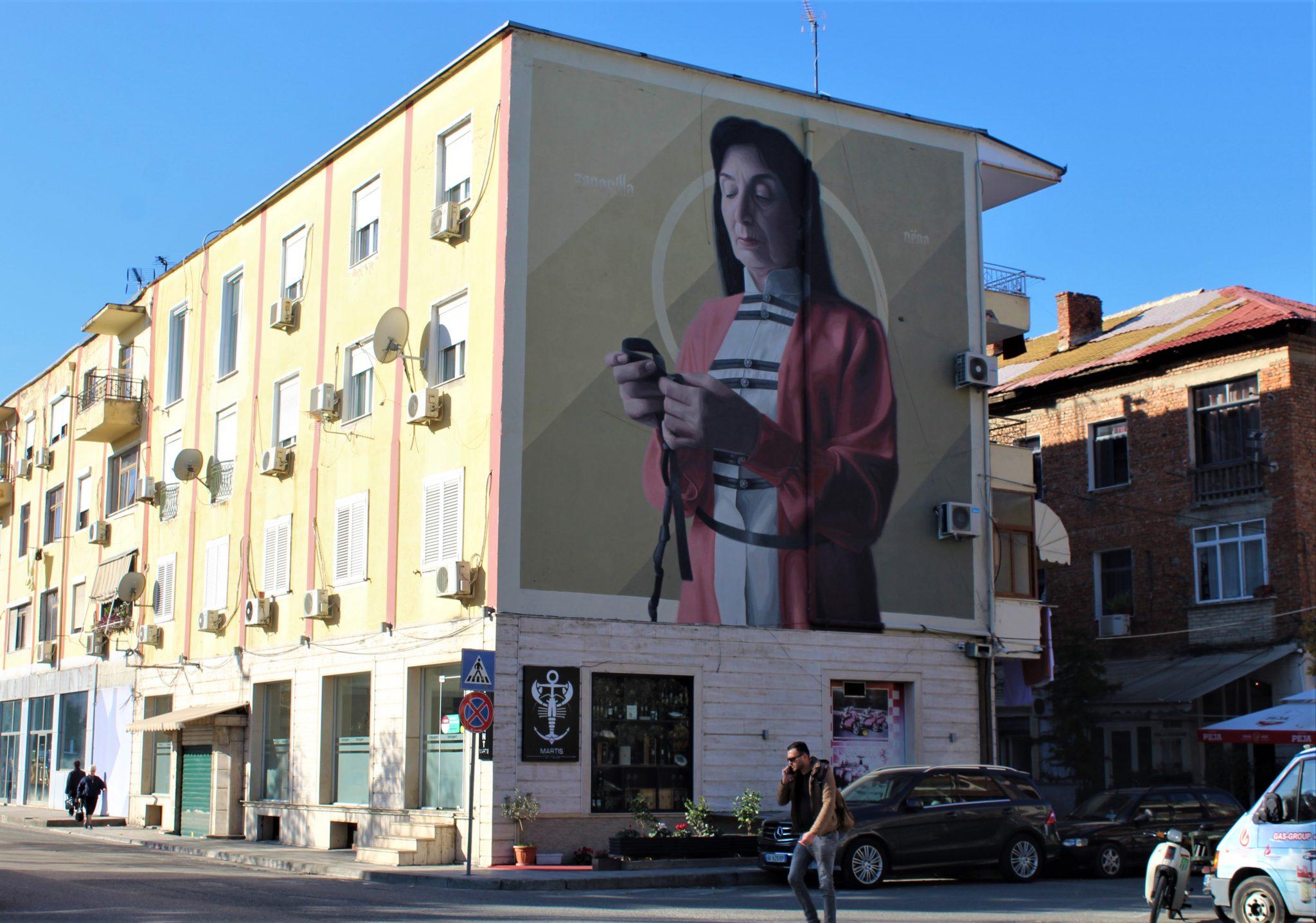 Il murale di Theic Licuado a Tirana realizzato durante la prima edizione del MurAL Fest nel 2018 ©Francesca Masotti