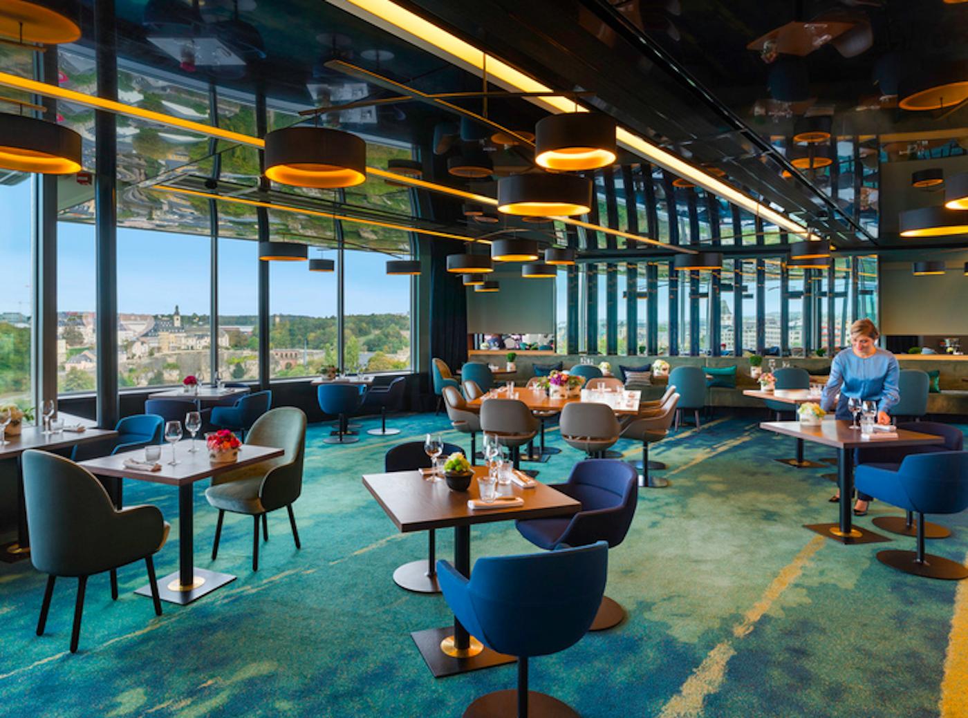 La veranda panoramica dell'hotel Sofitel Luxembourg Le Grand Ducal
