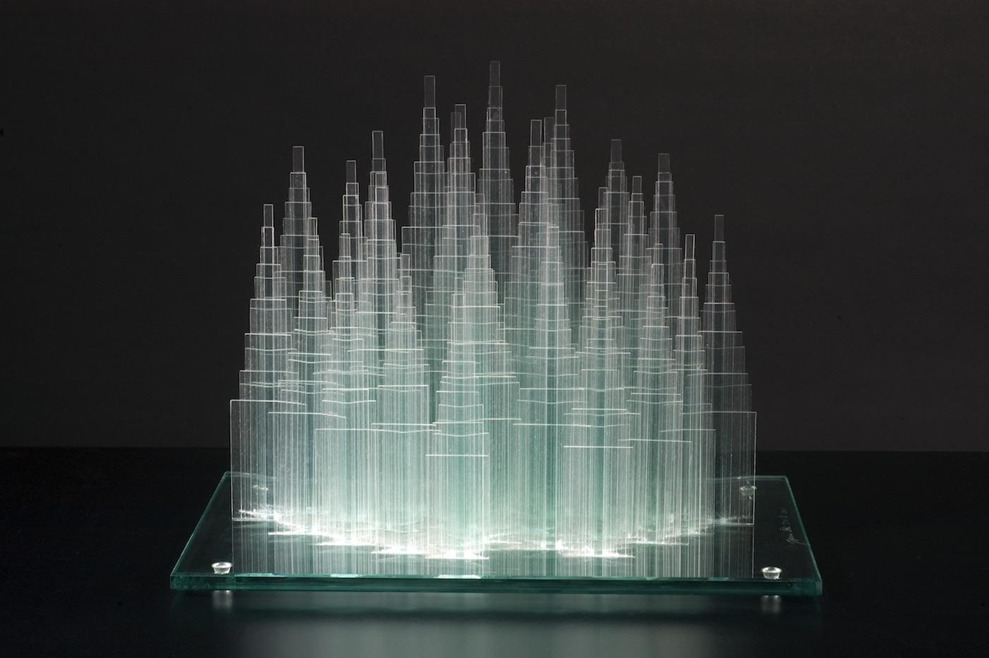 """Transparent memory"" (2018) di Oki Izumi, in mostra al nhow Milano"