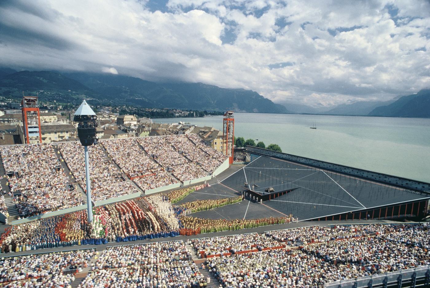 Rendering della gigantesca arena che a Vevey ospiterà la Fête des Vignerons 2019