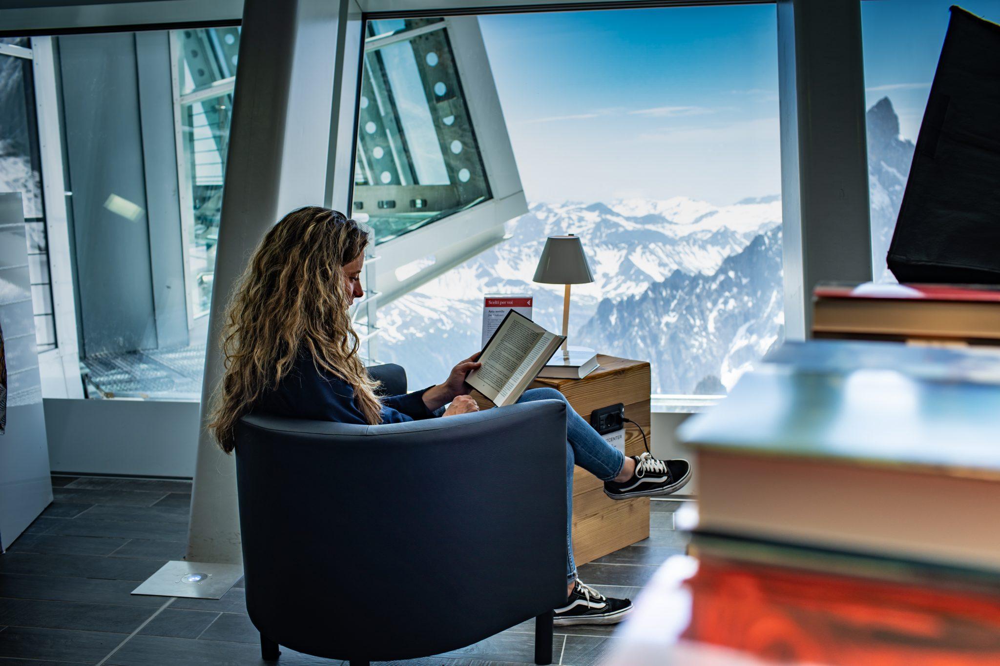 ©Aiace Bazzana Skyway Monte Bianco_laFeltrinelli