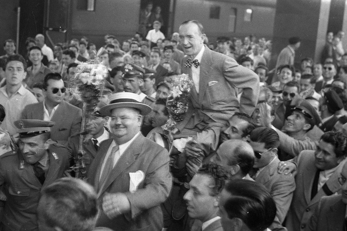 Arrivo alla stazione Termini di Stan Laurel e Oliver Hardy, 23 luglio 1950
