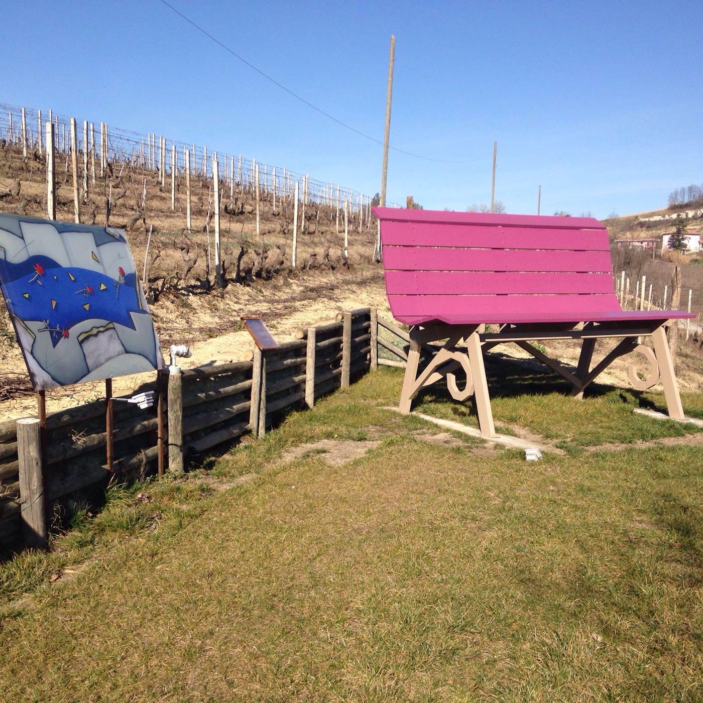 "La ""Big Bench"" di Chris Bangle nell'Art Park La Court"