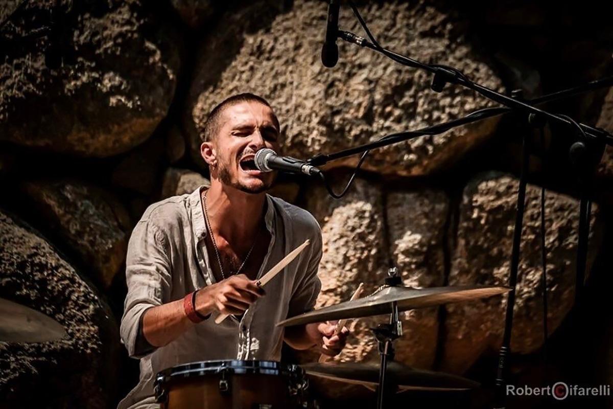 Nannigrove progetto del batterista Giovanni Gaias