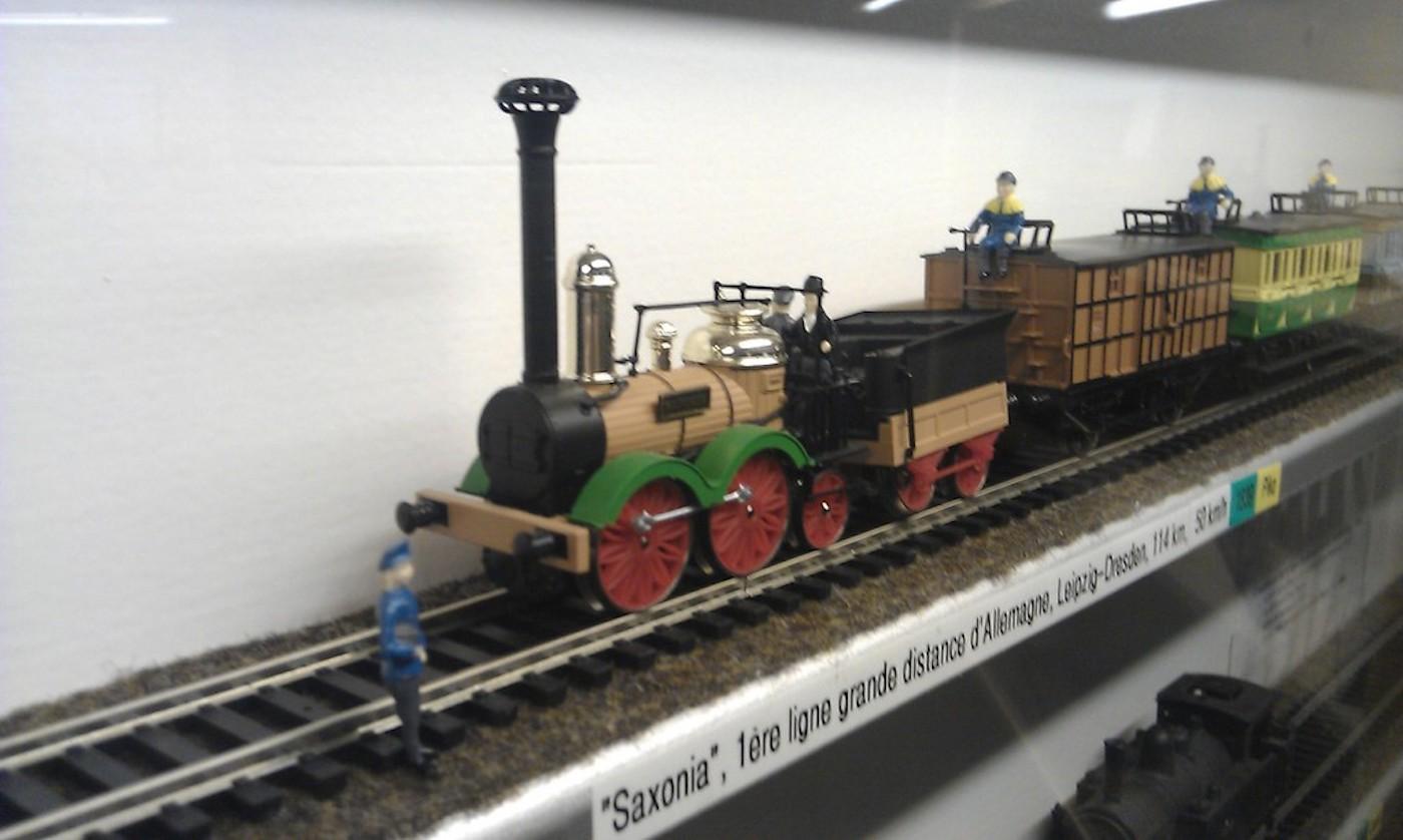 Un modellino di treno esposto alla Fondazione Svizzera dei treni in miniatura