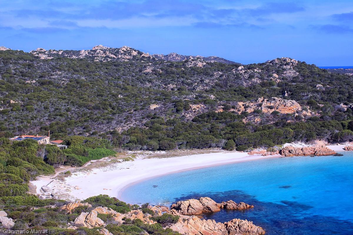 Budelli - Cala Di Roto, nota come Spiaggia Rosa.