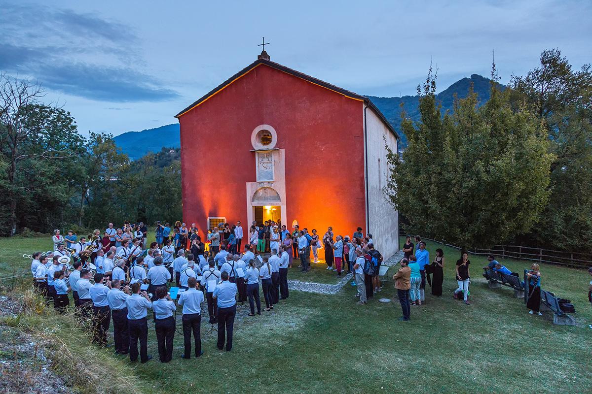 Chiesa Rossa di Castel San Pietro: la Civica Filarmonica di Mendrisio diretta da Carlo Balmelli