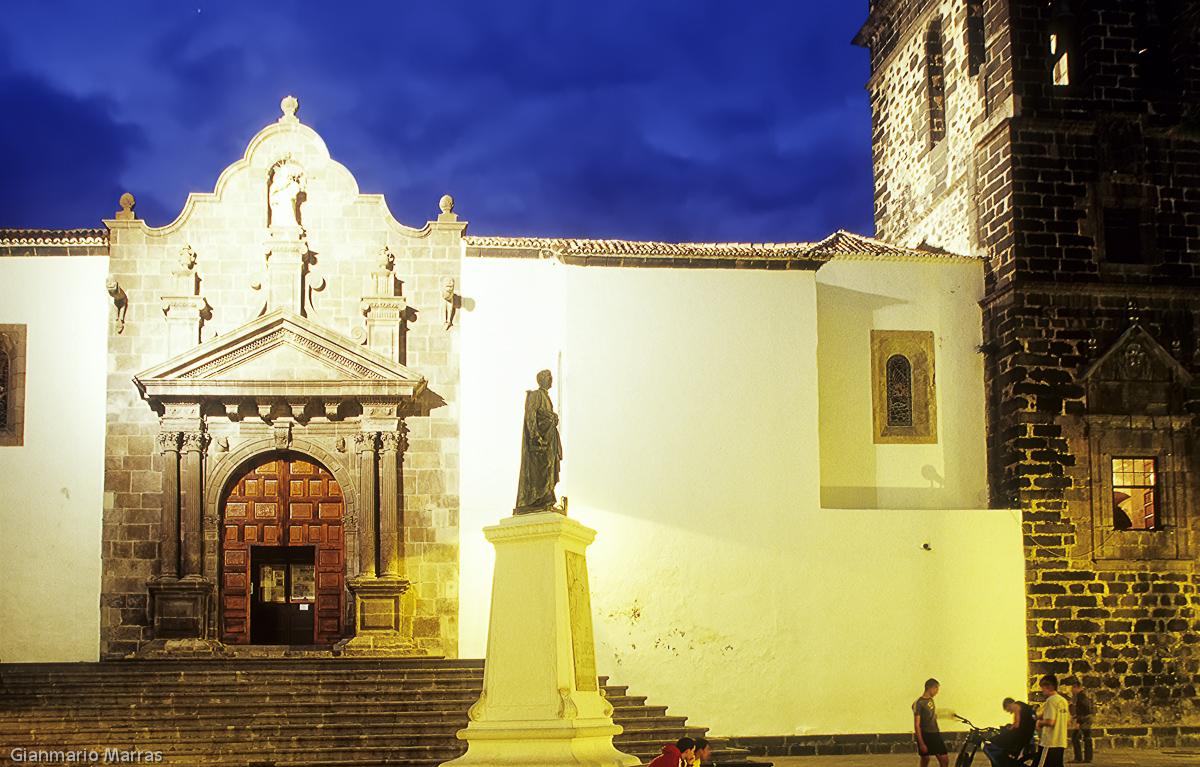 La Palma - Santa Cruz : Iglesia Matriz de El Salvador