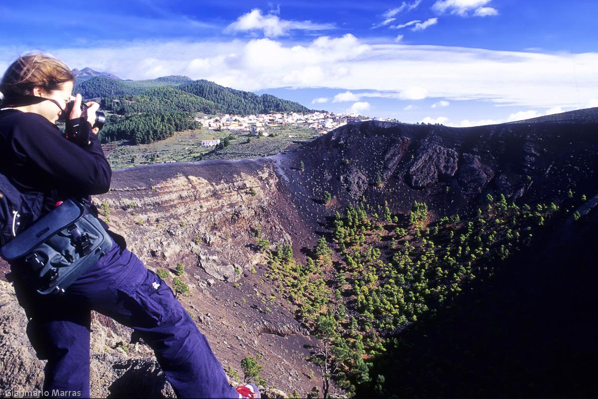 La Palma - Sul bordo del cratere del vulcano San Antonio